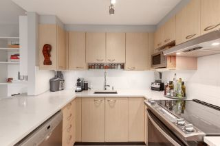 """Photo 5: 401 1575 W 10TH Avenue in Vancouver: Fairview VW Condo for sale in """"The Triton"""" (Vancouver West)  : MLS®# R2404375"""