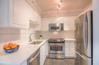 Photo 13: 906 488 HELMCKEN STREET in Vancouver: Yaletown Condo for sale (Vancouver West)  : MLS®# R2086319