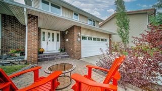 Photo 3: 5907 Dalcastle Crescent NW in Calgary: Dalhousie Detached for sale : MLS®# A1143943