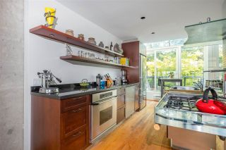 Photo 19: 694 MILLBANK in Vancouver: False Creek Townhouse for sale (Vancouver West)  : MLS®# R2496672