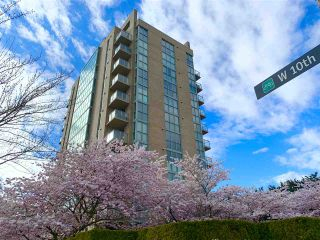 "Photo 3: 202 1633 W 10TH Avenue in Vancouver: Fairview VW Condo for sale in ""Hennessy House"" (Vancouver West)  : MLS®# R2448742"