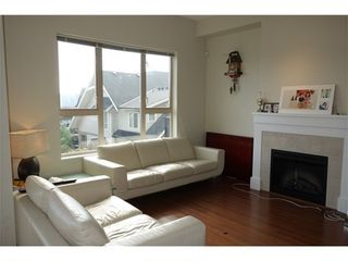 Photo 2: 22 1362 PURCELL Drive in Coquitlam: Home for sale : MLS®# V1043197