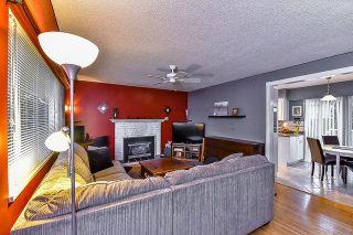 Photo 3: 11737 82B Avenue in Delta: Scottsdale House for sale (N. Delta)  : MLS®# R2060279
