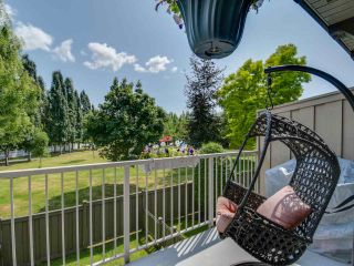 """Photo 17: 25 20761 DUNCAN Way in Langley: Langley City Townhouse for sale in """"WYNDHAM LANE"""" : MLS®# R2390806"""