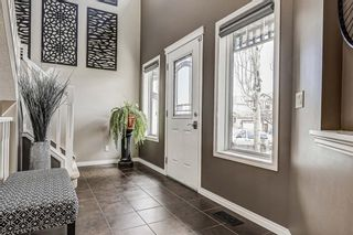 Photo 2: 66 Everhollow Rise SW in Calgary: Evergreen Detached for sale : MLS®# A1101731