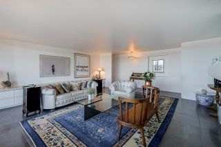 """Photo 5: 1702 320 ROYAL Avenue in New Westminster: Downtown NW Condo for sale in """"Peppertree"""" : MLS®# R2583293"""