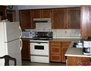 """Photo 4: 22 2962 NELSON Place in Abbotsford: Central Abbotsford Townhouse for sale in """"WILLBAND CREEK"""" : MLS®# F2905982"""