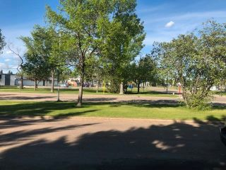Photo 38: 14433 McQueen Road in Edmonton: Zone 21 House Half Duplex for sale : MLS®# E4257256