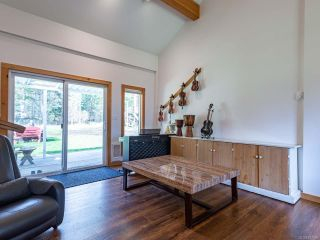 Photo 12: 5581 Seacliff Rd in COURTENAY: CV Courtenay North House for sale (Comox Valley)  : MLS®# 837166