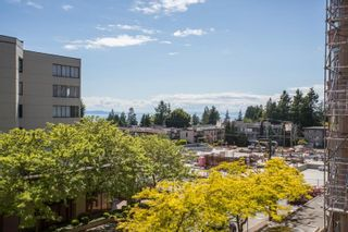 """Photo 17: 408 15111 RUSSELL Avenue: White Rock Condo for sale in """"PACIFIC TERRACE"""" (South Surrey White Rock)  : MLS®# R2590642"""