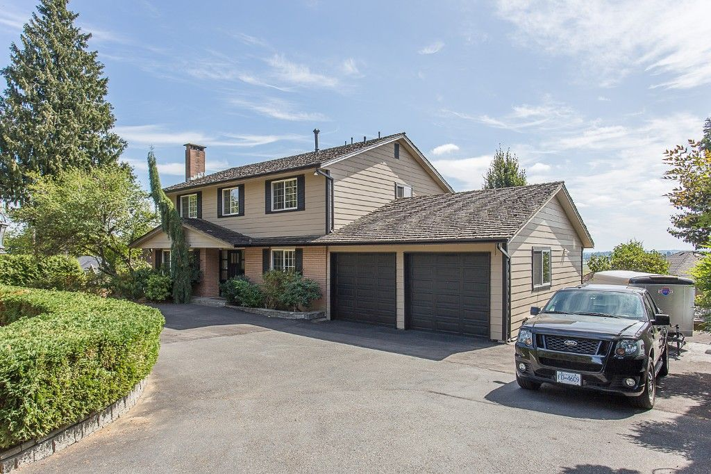 Main Photo: 16606 78 ave in Surrey: Fleetwood Tynehead House for sale : MLS®# R2201041