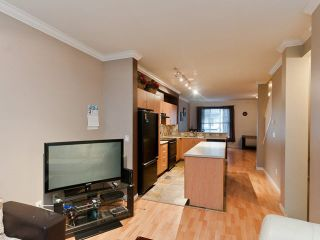 """Photo 3: 43 5839 PANORAMA Drive in Surrey: Sullivan Station Townhouse for sale in """"Forest Gate"""" : MLS®# R2090046"""