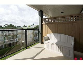 """Photo 14: 416 10707 139TH Street in Surrey: Whalley Condo for sale in """"Aura 2"""" (North Surrey)  : MLS®# F2824909"""