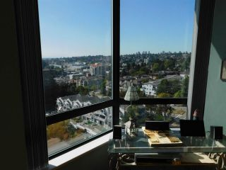 Photo 7: 1505 121 TENTH STREET in New Westminster: Uptown NW Condo for sale : MLS®# R2497853