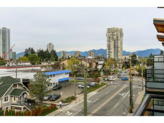 """Photo 13: 313 6888 ROYAL OAK Avenue in Burnaby: Metrotown Condo for sale in """"KABANA"""" (Burnaby South)  : MLS®# V1028081"""