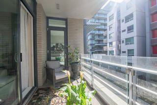 "Photo 11: 312 77 WALTER HARDWICK Avenue in Vancouver: False Creek Condo for sale in ""KAYAK"" (Vancouver West)  : MLS®# R2156180"