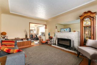 """Photo 3: 108 E 56TH Avenue in Vancouver: South Vancouver House for sale in """"LANGARA"""" (Vancouver East)  : MLS®# R2257447"""