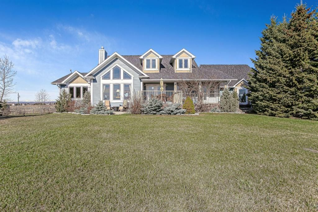 Main Photo: 274085 5 Street W: Rural Foothills County Detached for sale : MLS®# A1100684