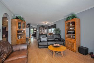 Photo 15: 23 Woodglen Crescent SW in Calgary: Woodbine Detached for sale : MLS®# A1124868