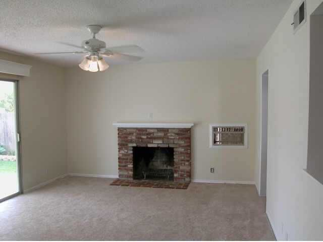 Photo 2: Photos: EAST ESCONDIDO Residential for sale : 3 bedrooms : 730 N. Daisy in Escondido