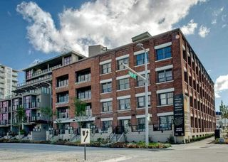 "Photo 1: 107 388 W 1ST Avenue in Vancouver: False Creek Condo for sale in ""THE EXCHANGE"" (Vancouver West)  : MLS®# R2573277"