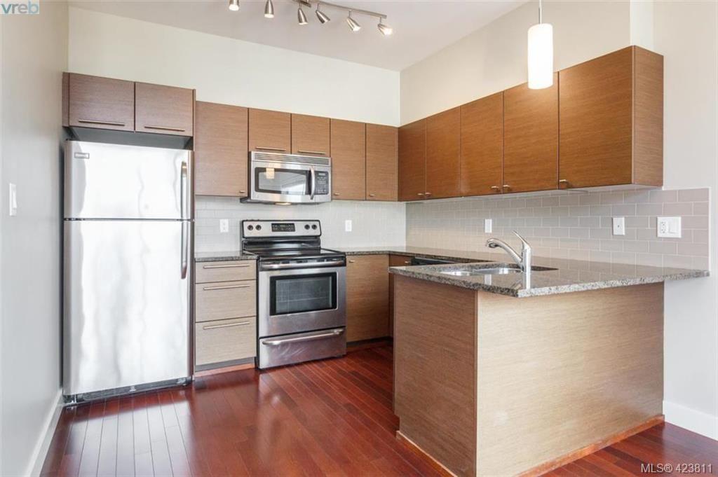 Main Photo: 321 1315 Esquimalt Rd in VICTORIA: Es Saxe Point Condo for sale (Esquimalt)  : MLS®# 836948