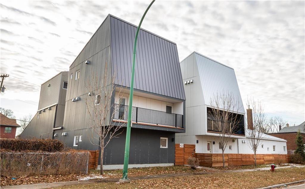 Main Photo: 4 422 Ross Avenue in Winnipeg: Downtown Condominium for sale (9A)  : MLS®# 202025711