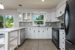 Photo 11: 44 Mitchell Rd in : CV Courtenay City House for sale (Comox Valley)  : MLS®# 884094