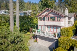 Photo 1: 4090 ST. PAULS Avenue in North Vancouver: Upper Lonsdale House for sale : MLS®# R2453397