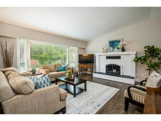 Photo 4: 20452 90 Crescent in Langley: Walnut Grove House for sale : MLS®# R2586041
