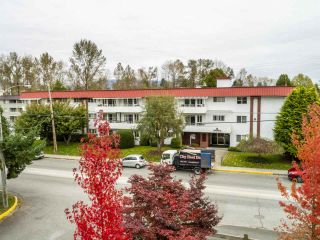 "Photo 1: 106 12096 222 Street in Maple Ridge: West Central Condo for sale in ""CANUCK PLACE"" : MLS®# R2525660"