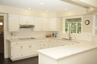 Photo 11: 33497 Exbury Avenue in Abbotsford: Abbotsford East House for sale : MLS®# R2487859