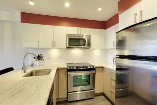 Photo 8: 316 55 EIGHTH AVENUE in New Westminster: GlenBrooke North Condo for sale : MLS®# R2211489