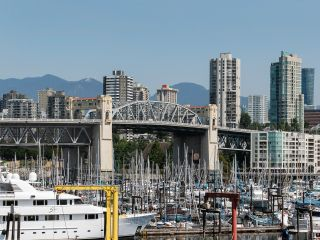 """Photo 21: 1594 ISLAND PARK Walk in Vancouver: False Creek Townhouse for sale in """"THE LAGOONS"""" (Vancouver West)  : MLS®# R2297532"""