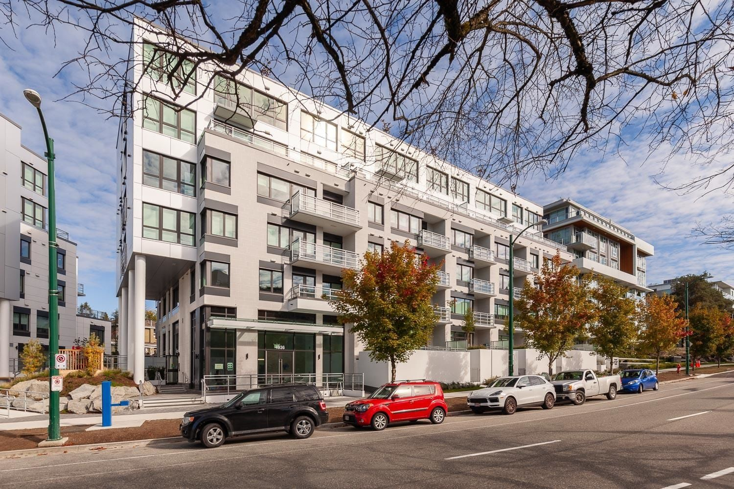 """Main Photo: #602 4932 CAMBIE Street in Vancouver: Cambie Condo for sale in """"Primrose"""" (Vancouver West)  : MLS®# R2625726"""