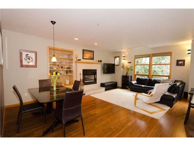 Main Photo: 2660 W 6TH Avenue in Vancouver: Kitsilano 1/2 Duplex for sale (Vancouver West)  : MLS®# V932617