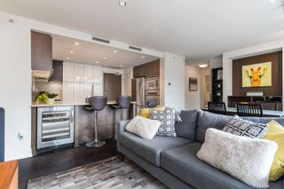 """Photo 9: 227 2008 PINE Street in Vancouver: False Creek Condo for sale in """"MANTRA"""" (Vancouver West)  : MLS®# R2620920"""
