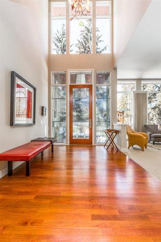 Photo 3: 4312 Anne Avenue SW in Calgary: Britannia Detached for sale : MLS®# A1045464