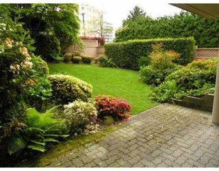 """Photo 2: B3 2202 MARINE DR in West Vancouver: Dundarave Condo for sale in """"STRATFORD COURT"""" : MLS®# V565590"""