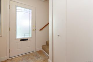 Photo 6: 106 119 Ladysmith St in Victoria: Vi James Bay Row/Townhouse for sale : MLS®# 841373