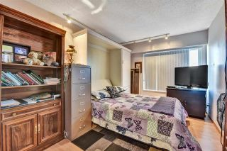 """Photo 26: 302 1390 MARTIN Street: White Rock Condo for sale in """"Kent Heritage"""" (South Surrey White Rock)  : MLS®# R2590811"""