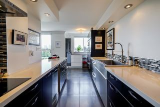 """Photo 11: 1702 320 ROYAL Avenue in New Westminster: Downtown NW Condo for sale in """"Peppertree"""" : MLS®# R2583293"""