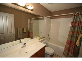 Photo 13: 107 CRESTMONT Drive SW in : Crestmont Residential Detached Single Family for sale (Calgary)  : MLS®# C3471222