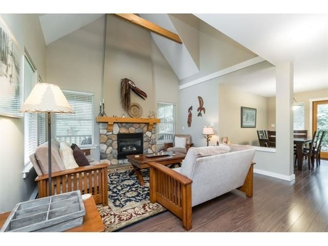 """Photo 4: Photos: 1767 TREE HOUSE Trail: Lindell Beach House for sale in """"Cottages at Cultus Lake"""" (Cultus Lake)  : MLS®# R2560433"""