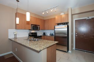 Photo 9: 405 2484 WILSON AVENUE in Port Coquitlam: Central Pt Coquitlam Condo for sale : MLS®# R2132694