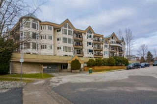 Photo 1: 204 11595 FRASER STREET in Maple Ridge: East Central Condo for sale : MLS®# R2138227