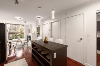 """Photo 5: 407 538 SMITHE Street in Vancouver: Downtown VW Condo for sale in """"The Mode"""" (Vancouver West)  : MLS®# R2610954"""