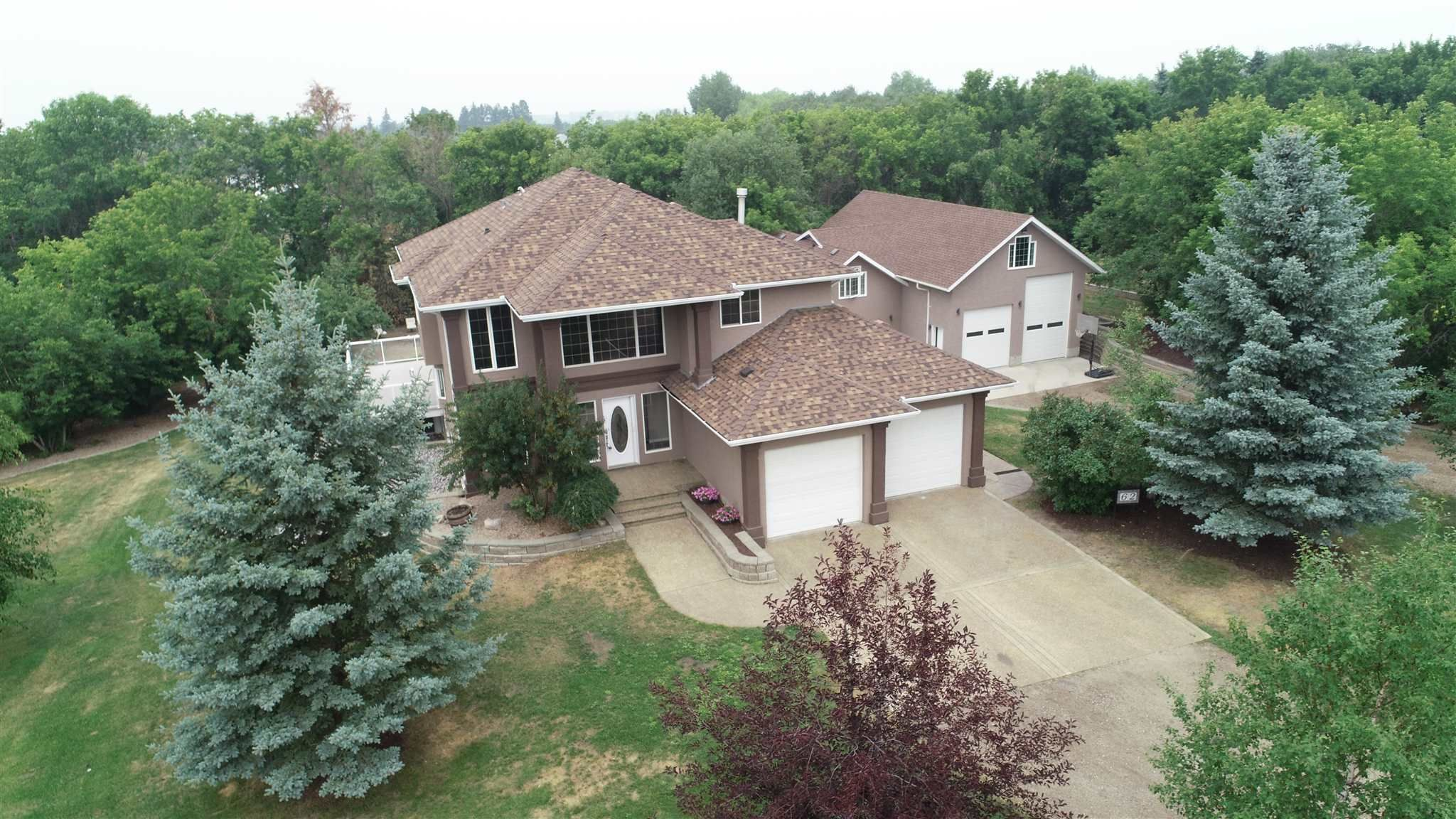 Main Photo: 62 52545 RGE RD 225: Rural Strathcona County House for sale : MLS®# E4255163