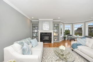 Photo 6: 2142 Blue Grouse Plat in : La Bear Mountain House for sale (Langford)  : MLS®# 886094