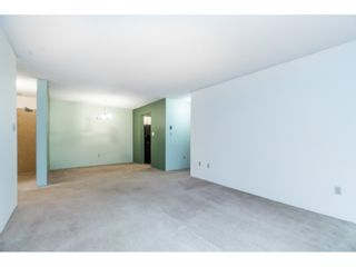 """Photo 10: 105 10644 151A Street in Surrey: Guildford Condo for sale in """"LINCOLN'S HILL"""" (North Surrey)  : MLS®# R2431314"""